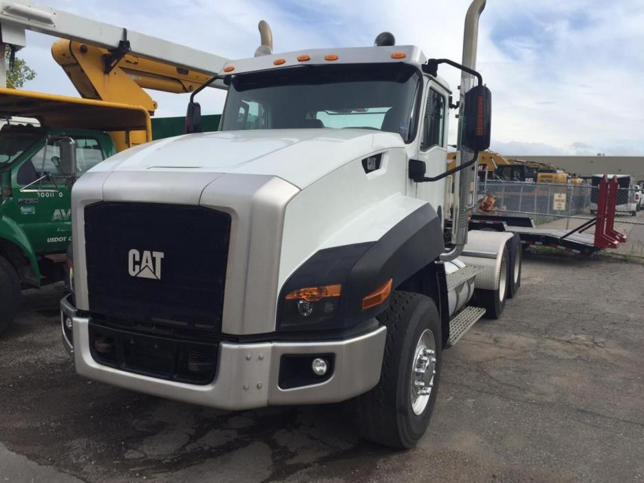 2013 Caterpillar Ct660 T15m13  Cabover Truck - Sleeper