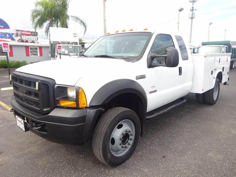 2007 Ford F450  Contractor Truck