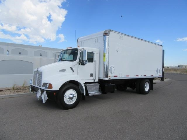 2000 Kenworth T300 Box Truck - Straight Truck