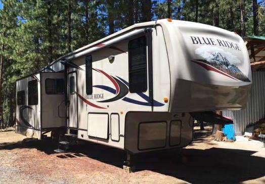 2011 Forest River Blue Ridge M-3025 RL