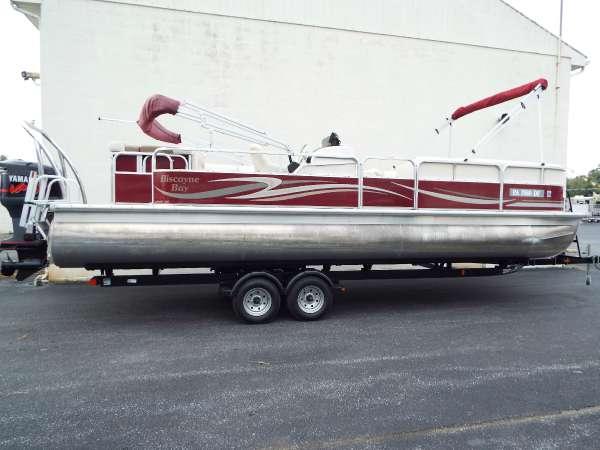 2011 Misty Harbor 2585CS
