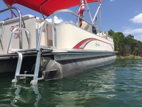 2012 Avalon Catalina - 22'