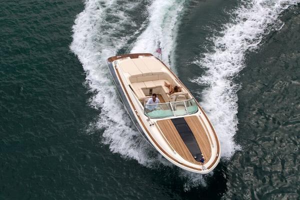 2017 Chris-Craft Corsair 32