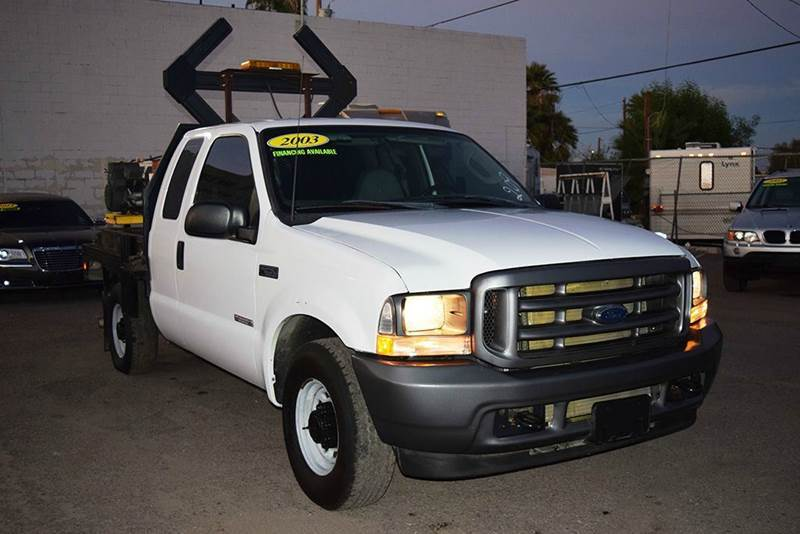 2003 Ford F-250  Flatbed Truck