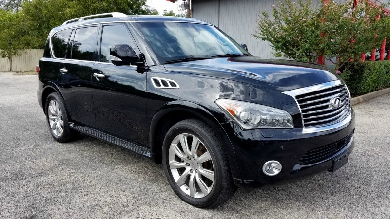 2012 Infiniti QX56 AWD Loaded! 103k mi. 1 Owner Priced to sell today! Leather, Sunroof, Nav, Rear Ca