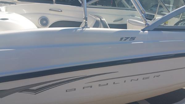 2009 Bayliner 175