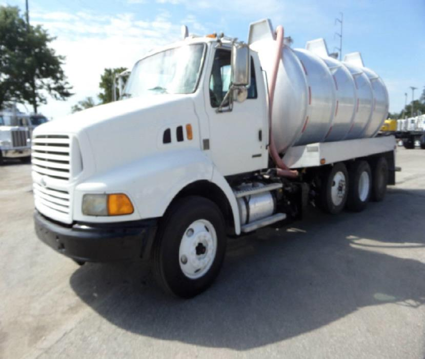 2000 Sterling At9513 Vacuum Truck