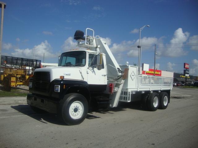 1990 Ford Lnt8000 Crane Truck