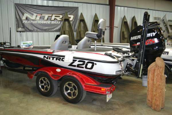 2016 Nitro Z20 Z-PRO High Performance Package