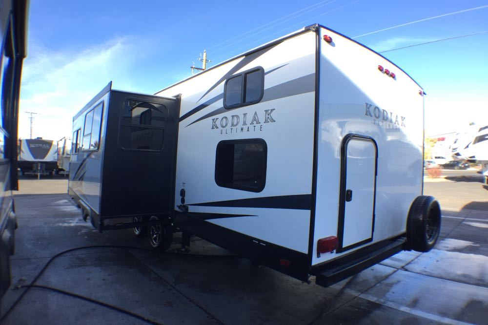 2017 Dutchmen Kodiak Ultimate 295TBHS