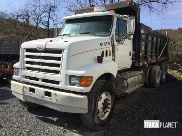 2000 Sterling Lt9500  Dump Truck