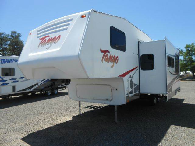 2008 Pacific Coachworks TANGO 2790BHSS