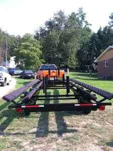 2016  MTI  Not MTI / Stryker 22 foot to 25 foot tandem pontoon trailer