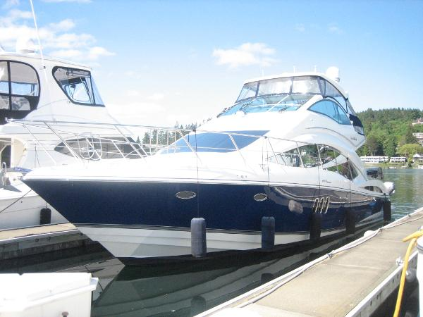 2008 Cruisers Yachts 497 Sport Sedan