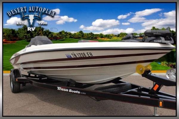 2015 Triton 18 XS Bass Boat