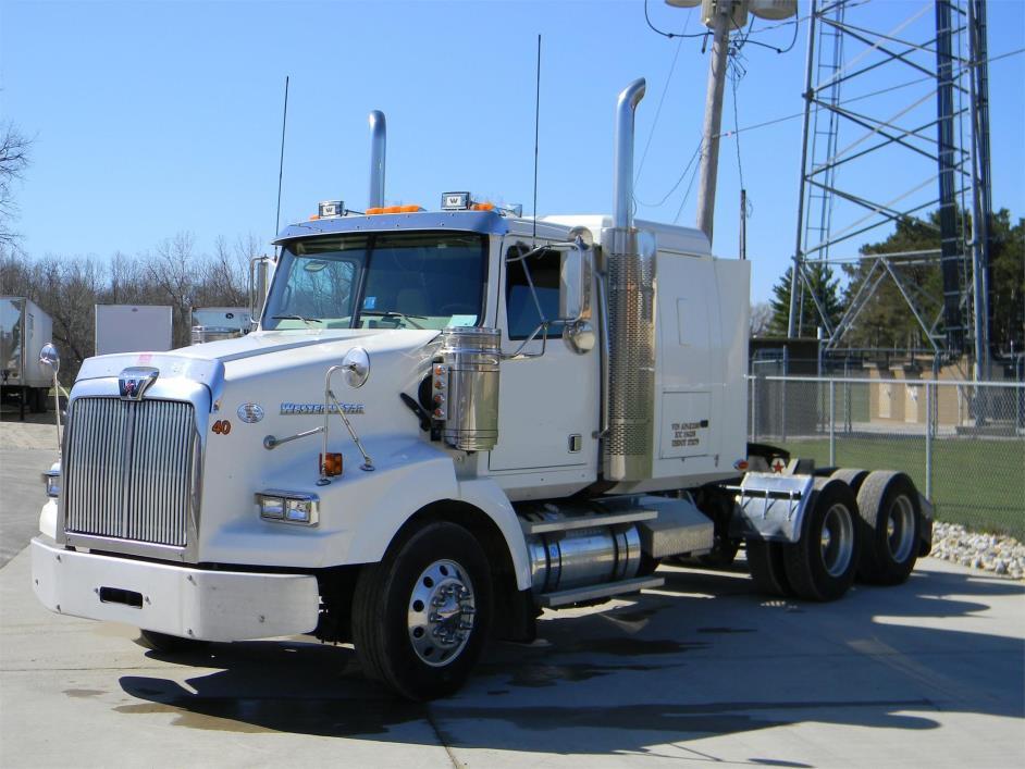2010 Western Star 4900sb Conventional - Sleeper Truck