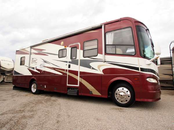 2006 Coachmen Epic 3480DS