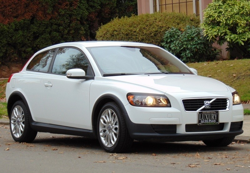 2008 VOLVO C30 T5 2DR HB. AUTO LOW MILES 37k LIKE NEW