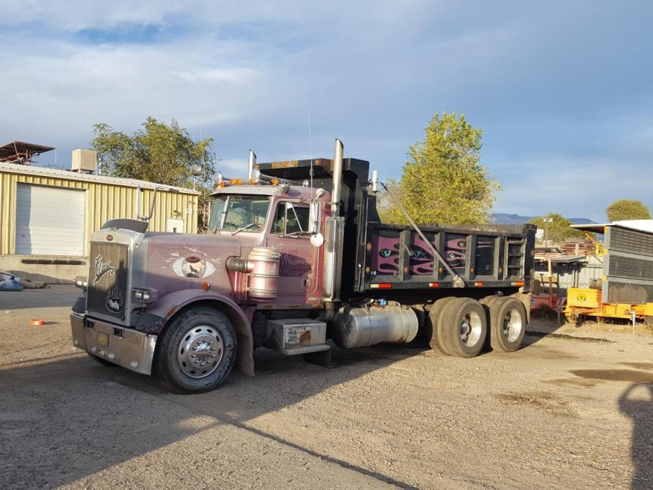 1987 Peterbilt 359  Dump Truck