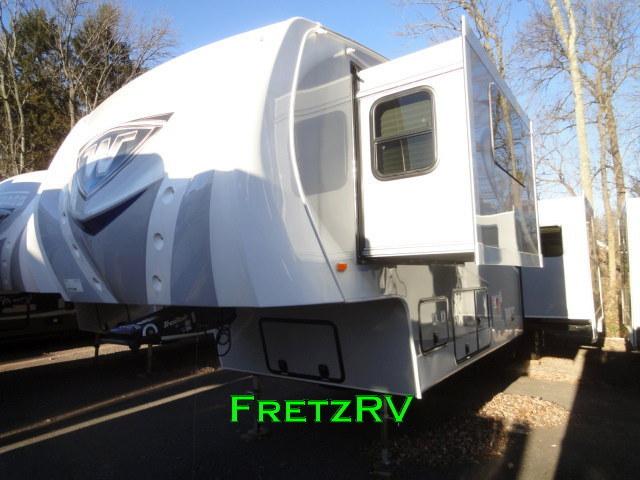 Winnebago Latitude 34rg Luxury Fifth 5th Wheel Camper Trader RV