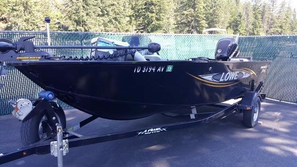 2014 LOWE BOATS Fishing Machine FM165 Pro SC