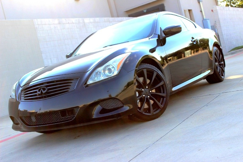 Delightful 2008 Infiniti G37S Coupe With Sport Package 6 Speed Manual Excellent  Condition