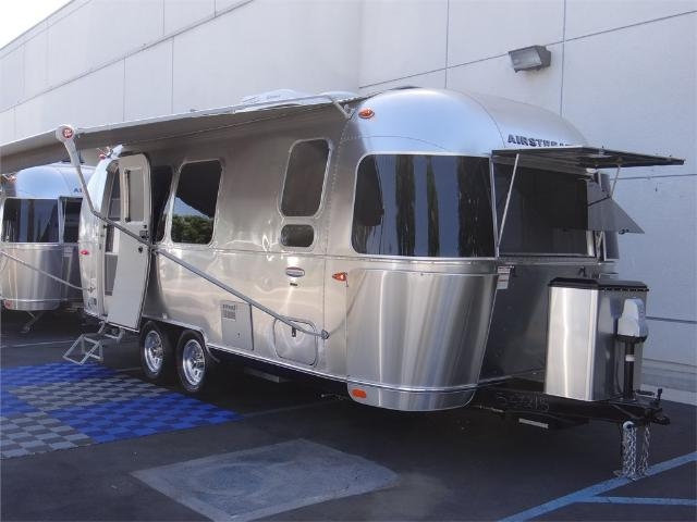 Airstream International Signature 23FB