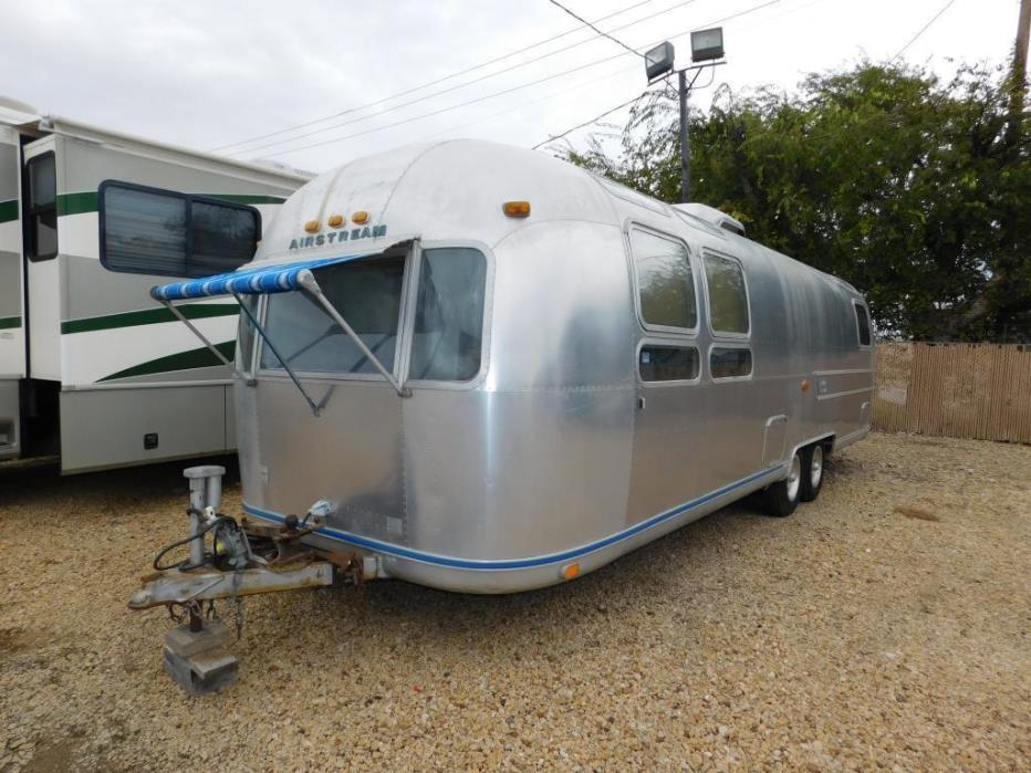 1976 Airstream Land Yacht SOVEREIGN
