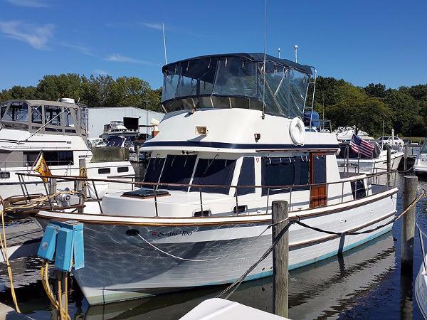 1983 United Ocean 38 Double Cabin Trawler