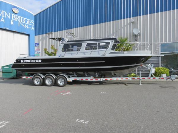 2017 KingFisher 3025 Offshore Destination