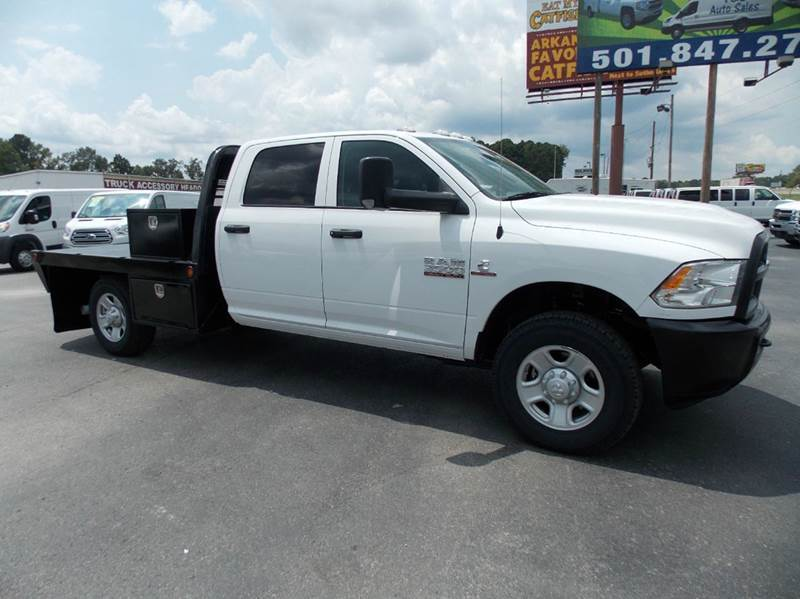 2015 Ram Ram Chassis 3500  Flatbed Truck