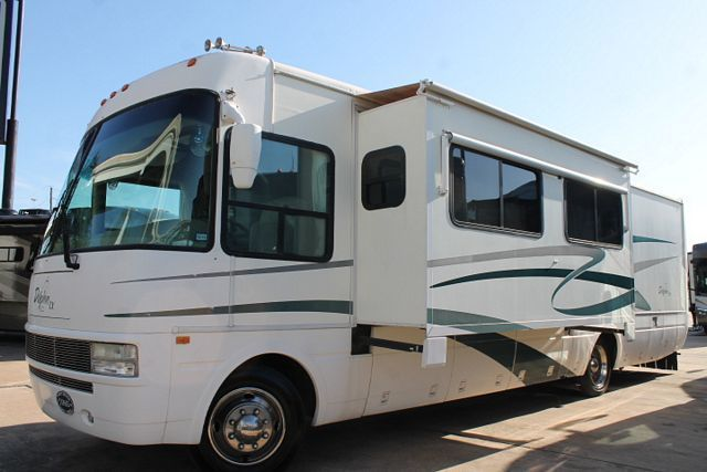 National Rv Dolphin Lx 6355LX