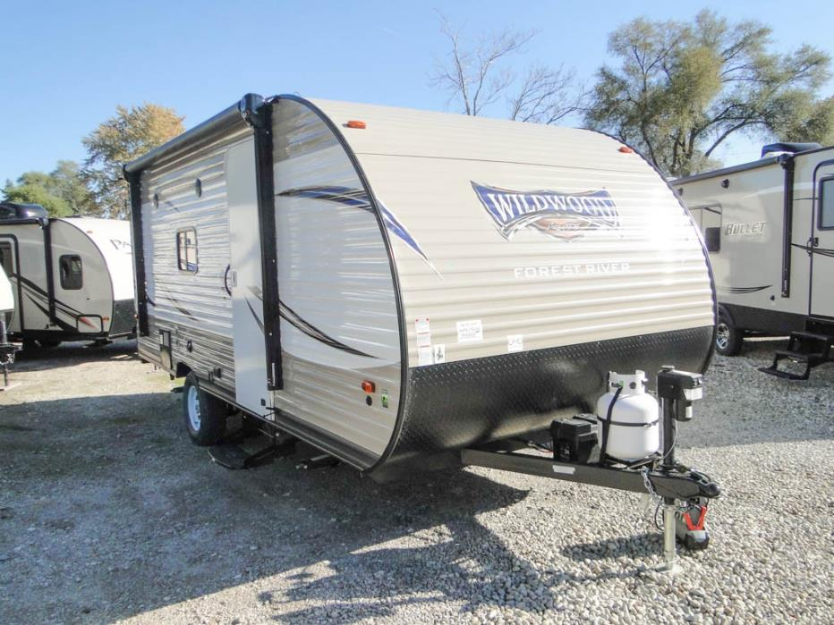 2017 Forest River Palomini 180FB Rear Bathroom