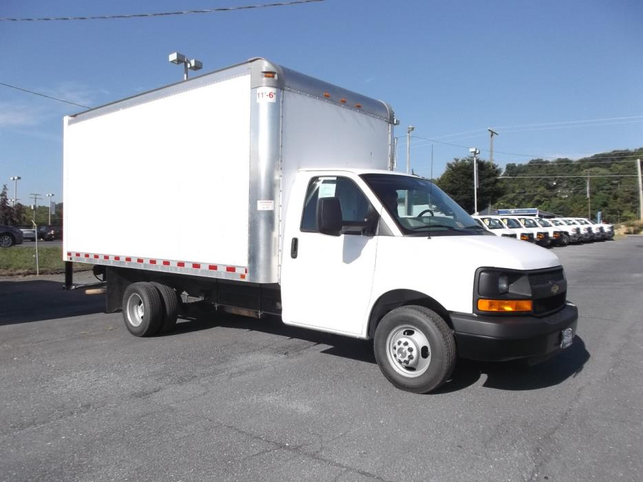 2015 Chevrolet 3500 Drw  Box Truck - Straight Truck