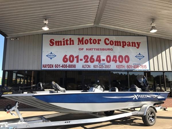 2017 Xpress Boats Xplorer Series XP200