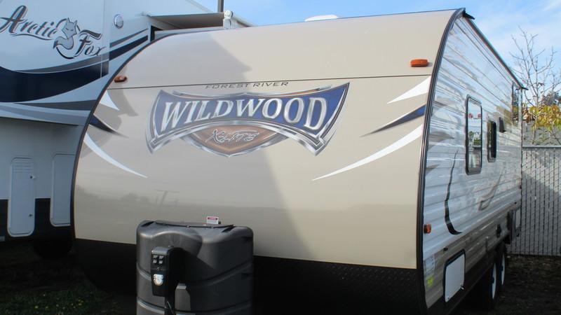 2016 Forest River Wildwood X-Lite 201BHXL