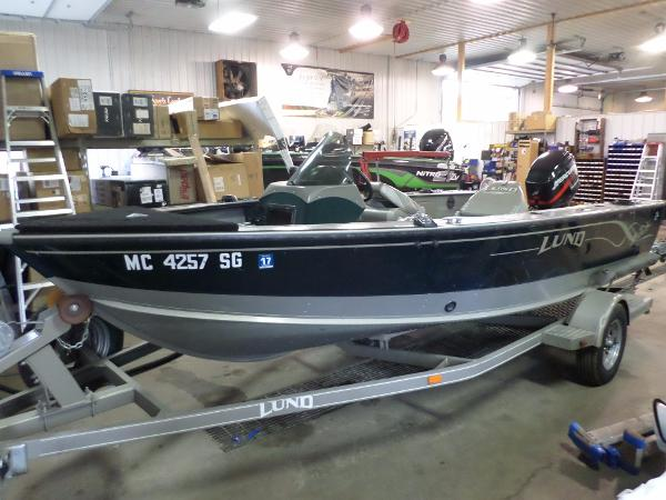 Angler Boat Throttle Control : Sportsman boats for sale in michigan