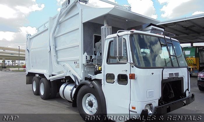 2009 Autocar Wxll64 Garbage Truck