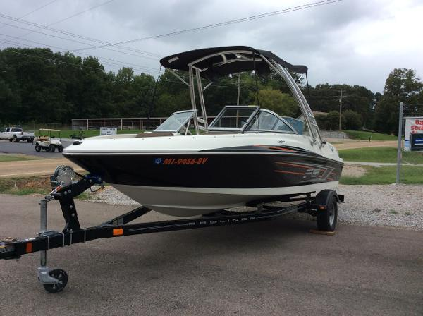 2014 Bayliner Flight Series 175