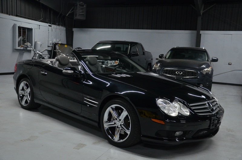 2003 Mercedes-Benz SL500 SPORT, NAVIGATION, LOW MILES!!