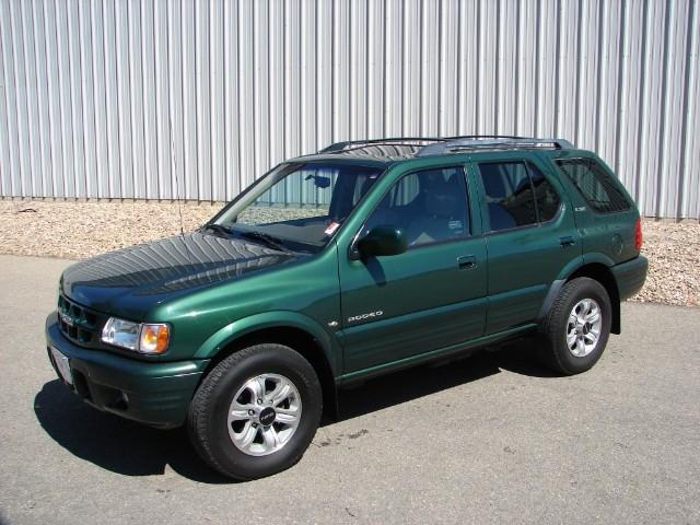 2001 Isuzu Rodeo 4dr S 3.2L Auto 4WD