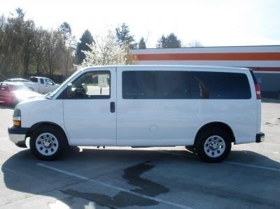 2011 Gmc Savana G1500 Passenger Van
