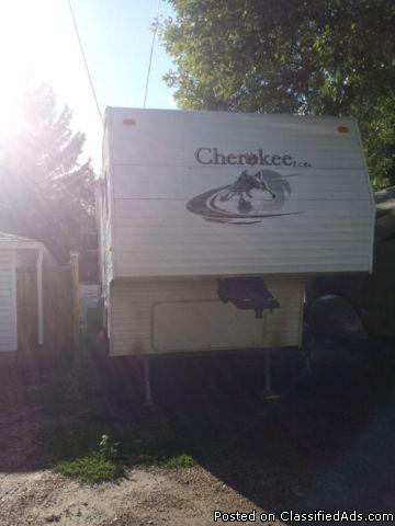 2006 Forest River Cherokee 255 Trailer is in good condition For Sale
