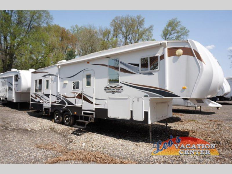 Heartland Rv Road Warrior 305