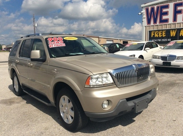 2005 Lincoln Aviator 4dr 2WD