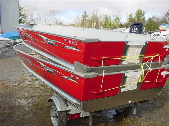 Lund wc 16 dlx boats for sale for Fishing boat dealers near me