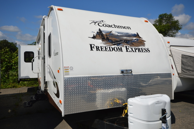 Coachmen Freedom Express 296REDS