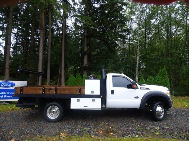 2014 Ford F450 Flatbed Truck
