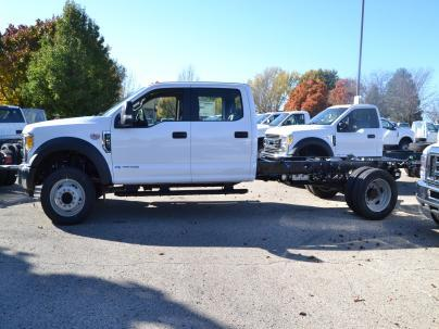 2017 Ford F-450 Cab Chassis