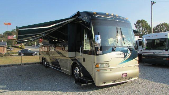 2003 Country Coach LEXA Odyssey 45
